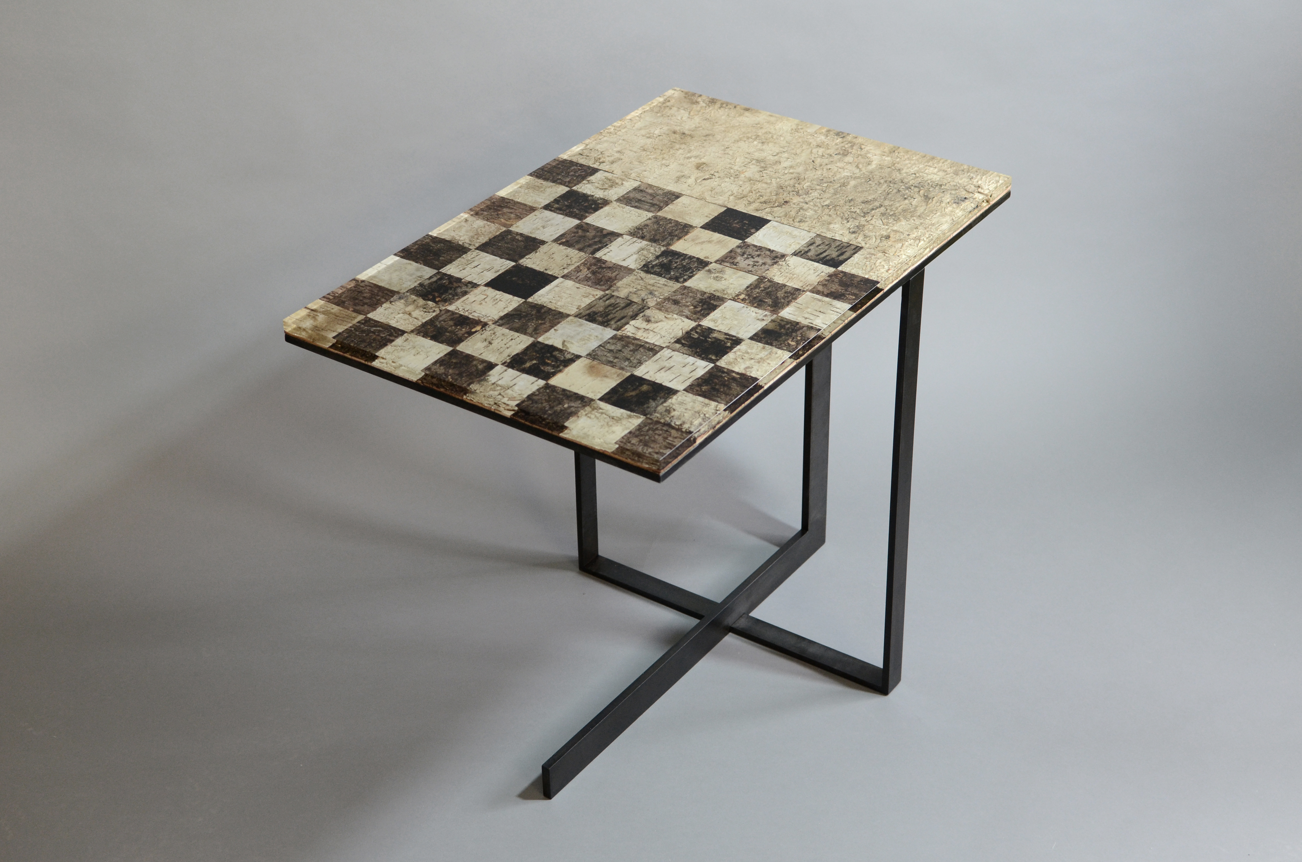 Chess Side Table Phellem Collection Alcarol